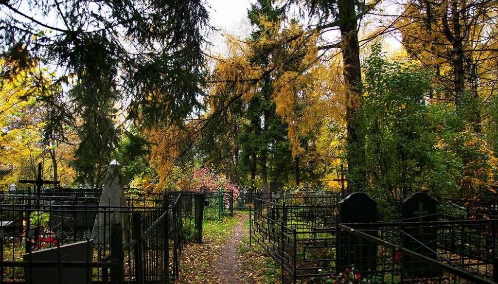 Изваринское кладбище