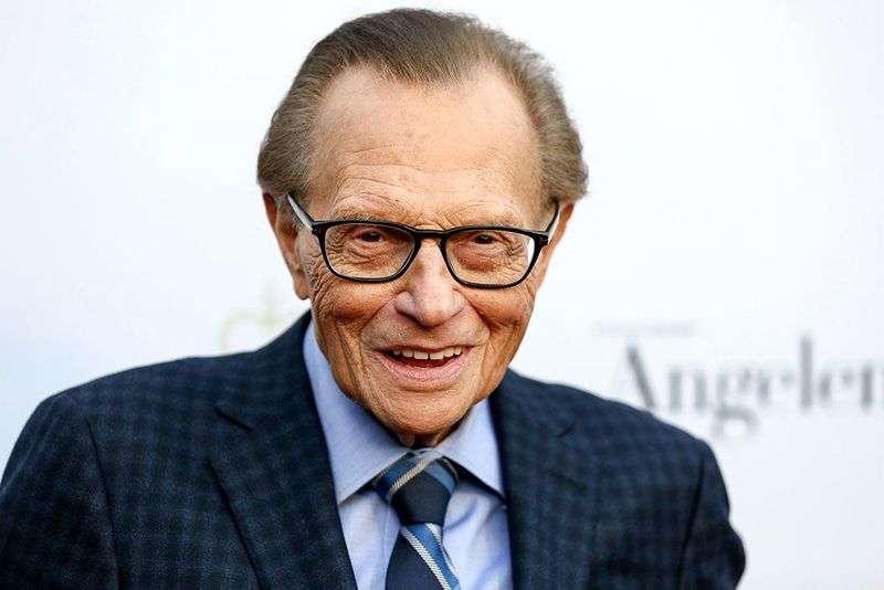 Телеведущий и журналист Ларри Кинг умер на 88-м году жизни